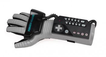 Maison Eologie numérique Power glove NES